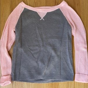 Cozy Gap sweater size small